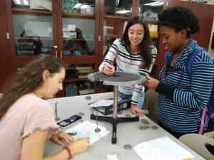 Physics lab at Eastern Mennonite University