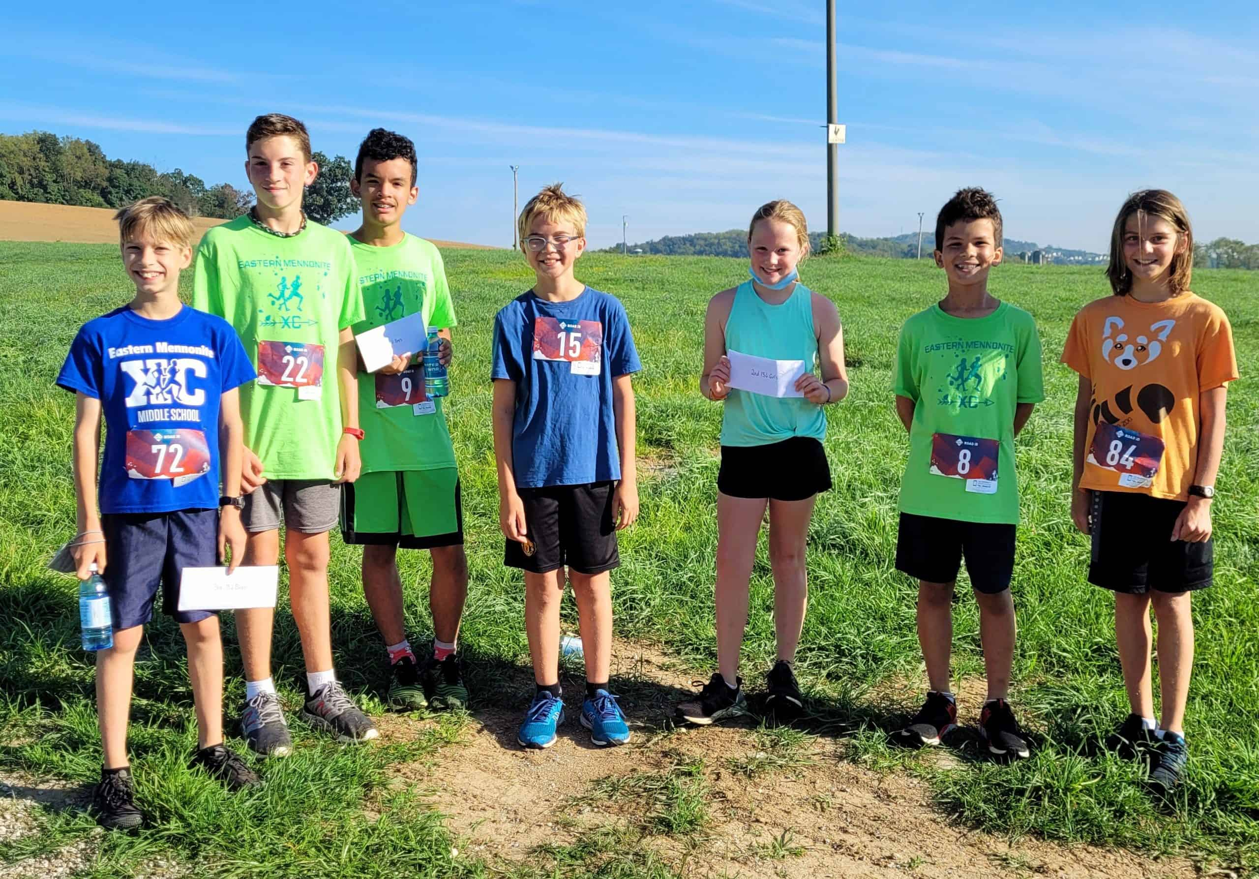 EMS middle school runners at the Virginia Mennonite Relief Sale.